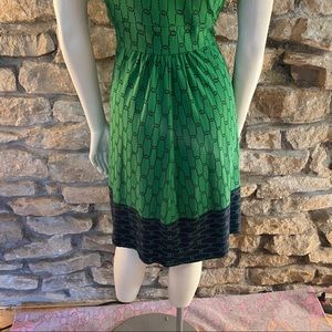 Lands' End Dresses - Lands End Green Printed Knit Dress Size XS